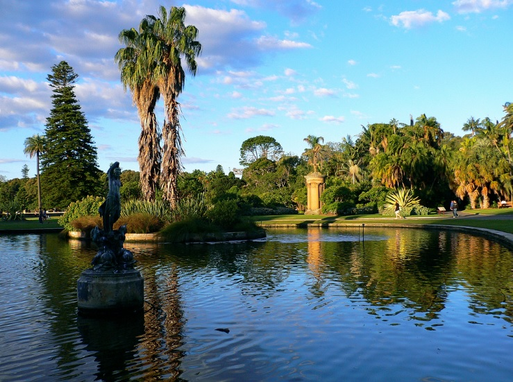 Royal Botanic Garden is just a few minutes walk to our dental clinic.