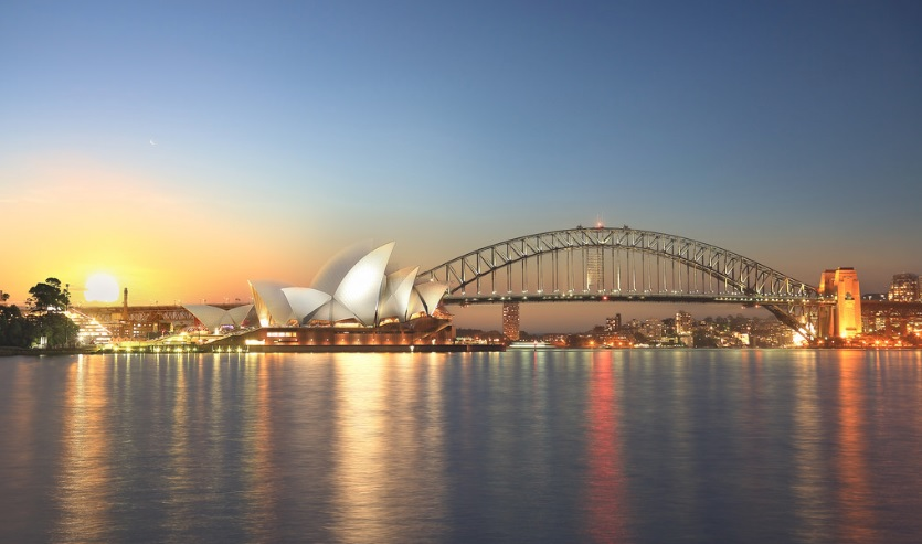 Sydney Opera House is one of the most beautiful attraction in Sydney.